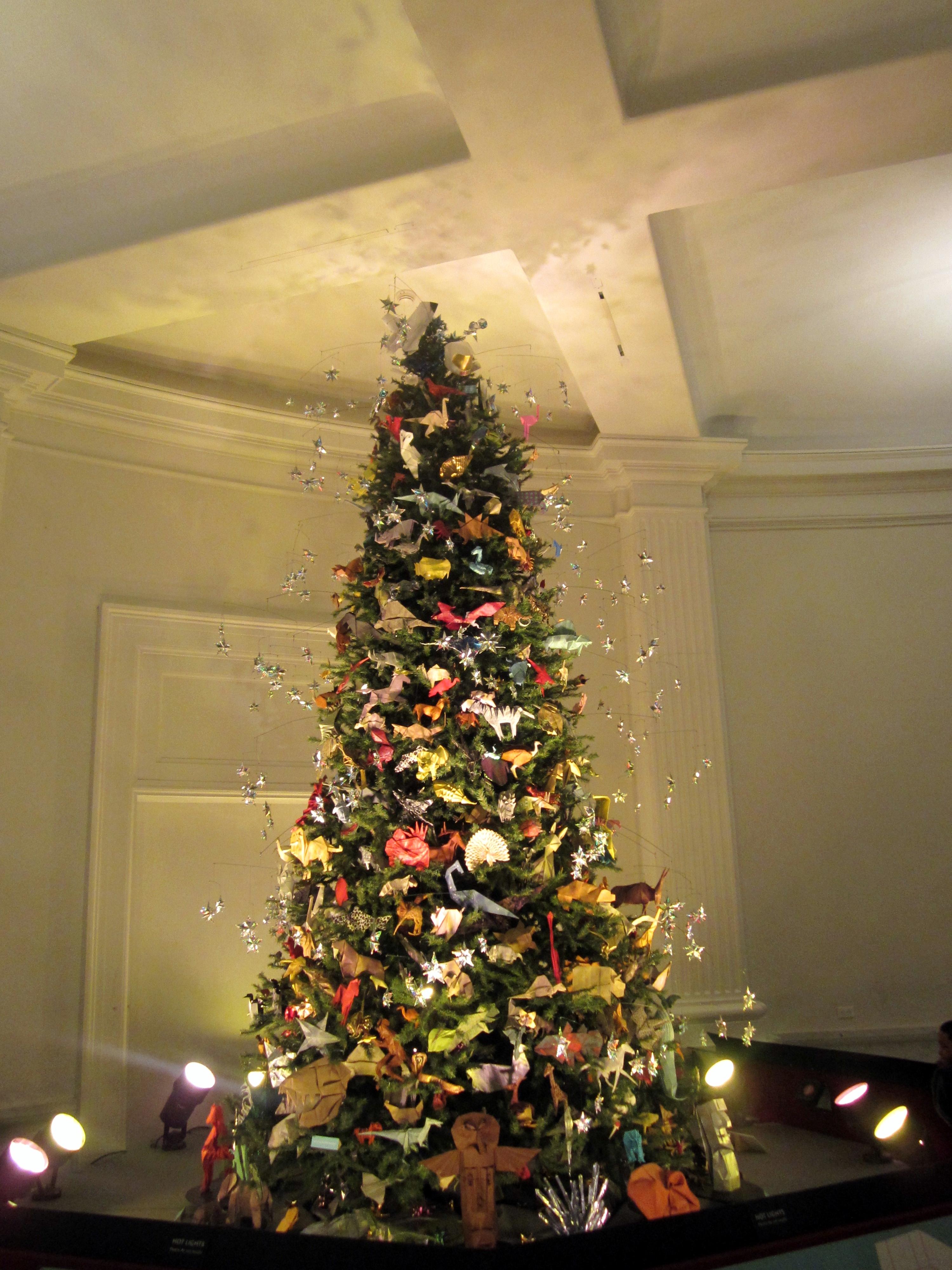 El museo americano de historia natural y su rbol navide o - Fotos arboles navidenos ...