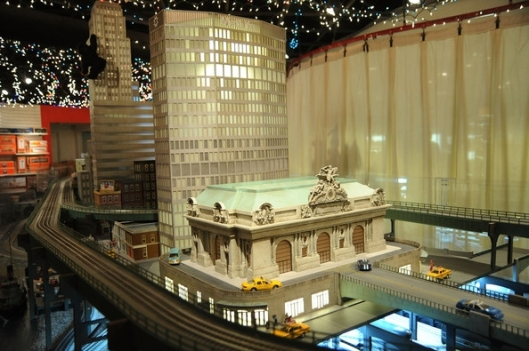 Grand Central Holiday Train Show11
