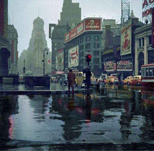 Lluvia en Times Square (1943)