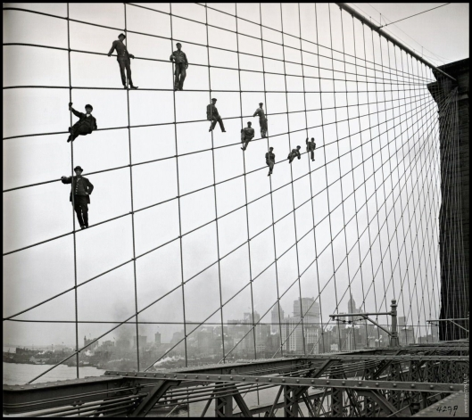 Painters on the Brooklyn Bridge in 1914