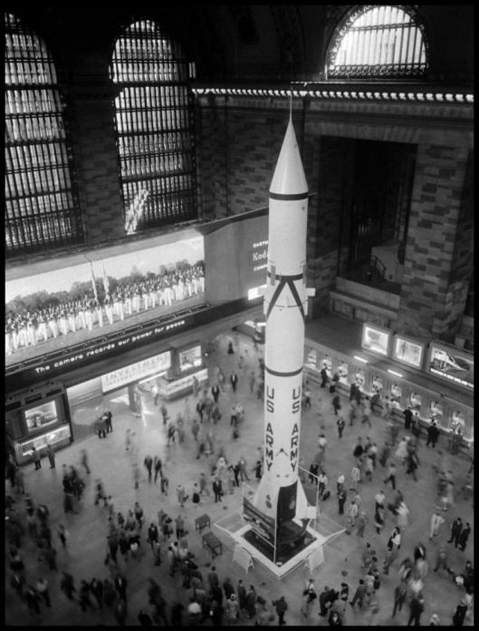Redstone en Grand Central001