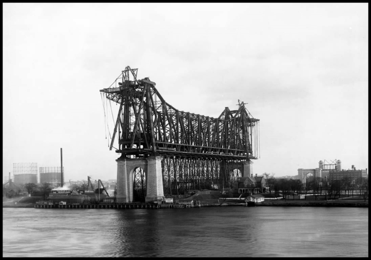 Queensboro Bridge Under Construction, 1907