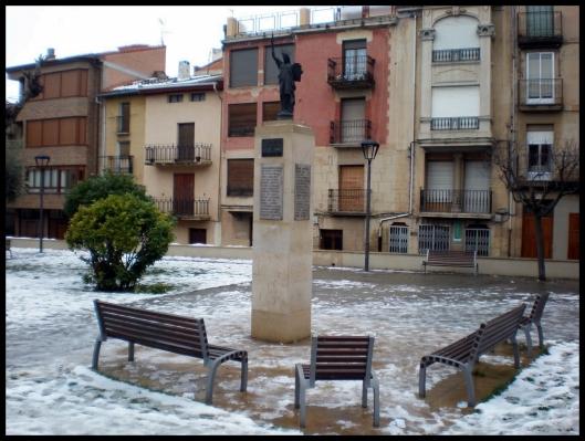 Estatua de la Libertad - Cenicero (La Rioja)