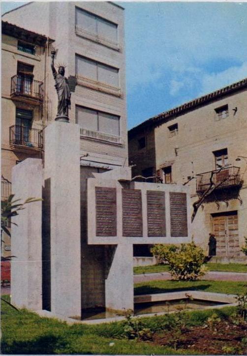 Aspecto del monumento hasta 1987