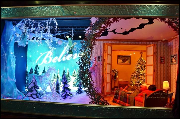 Macy's 2013 Holiday Show Window006