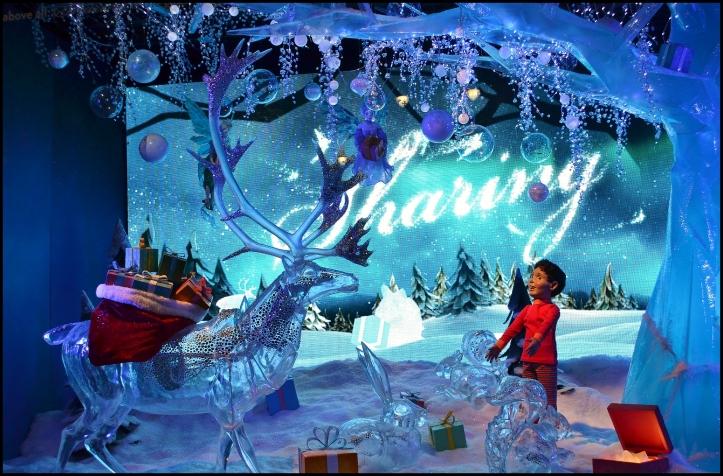 Macy's 2013 Holiday Show Window009