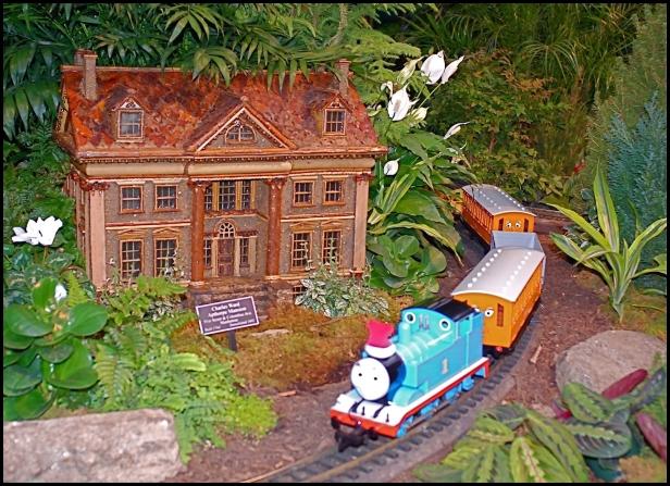 New York Botanical Garden's Holiday Train Show 008