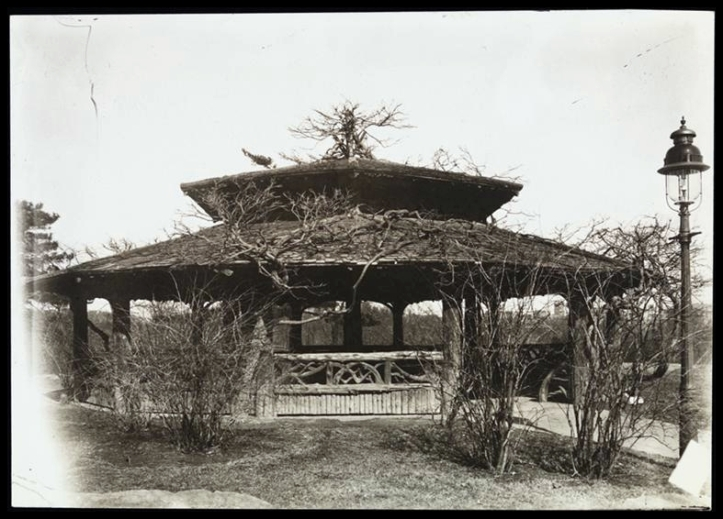 The Dene Summer House  (1905) - Archivo NYPL