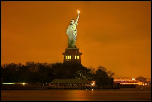 Estatua de la Libertad _ noche
