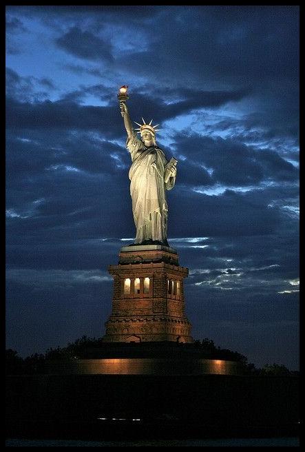 Estatua de la Libertad_Postal 4af30a2f7de7da57b4ea40656a0bda6d