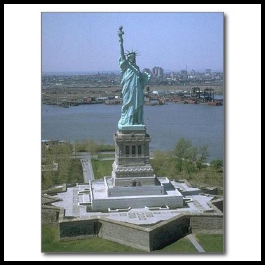 Estatua de la Libertad_Postal c4bd3f98a0476b91650981177cebb5b1