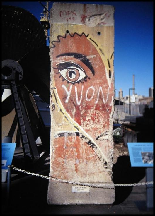 Intrepid Muro de Berlin