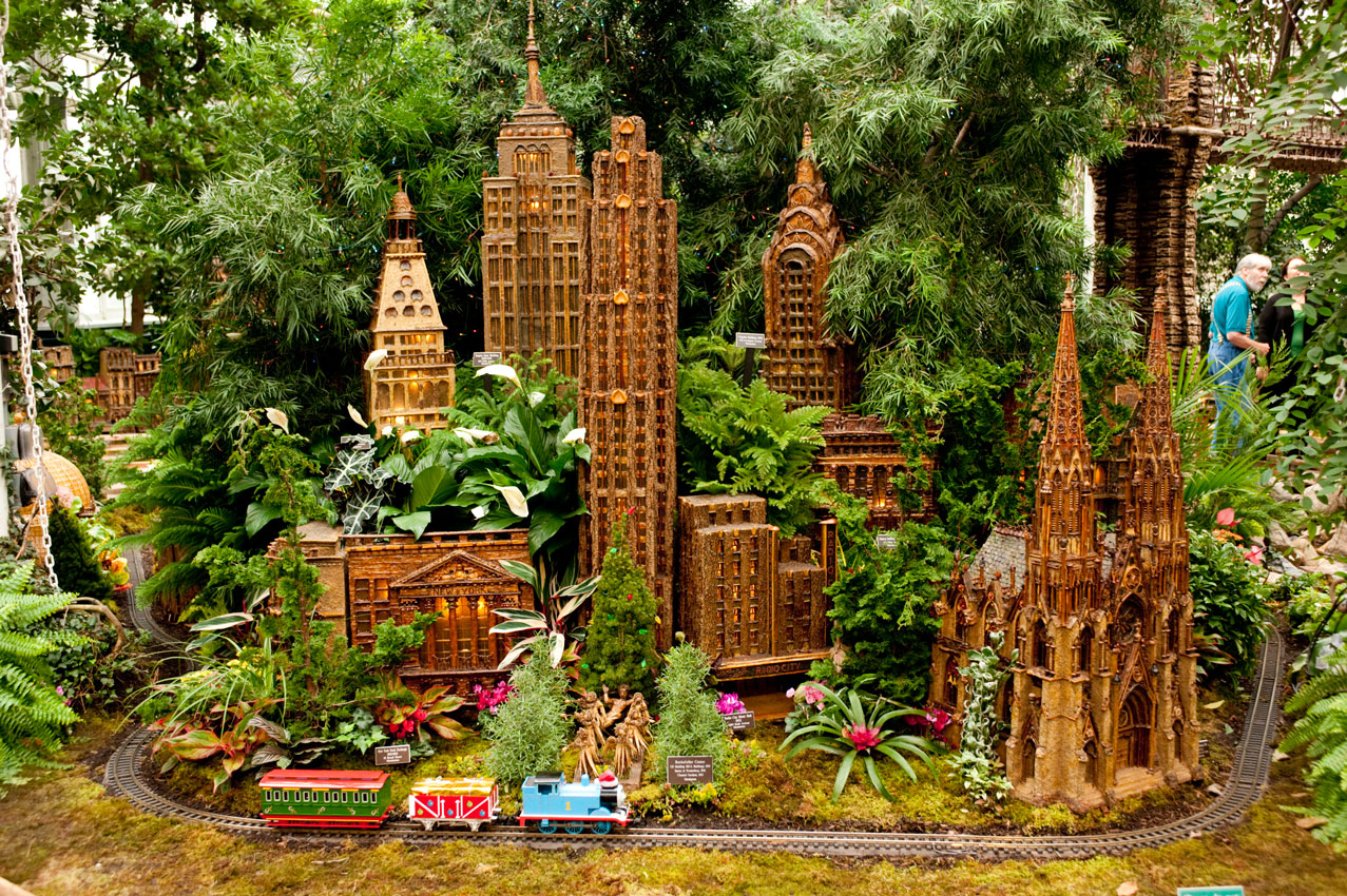 Navidad en nueva york historias de nueva york for New york botanical gardens train show