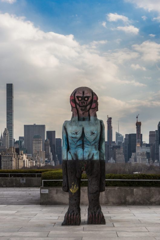 07.-We-Come-in-Peace-The-Roof-Garden-Commission-Huma-Bhabha-We-Come-in-Peace-683x1024