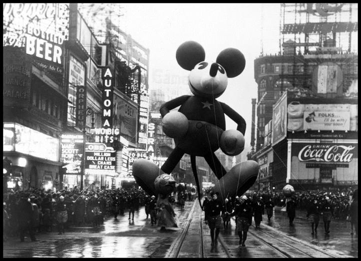 Macys Parade Mickey