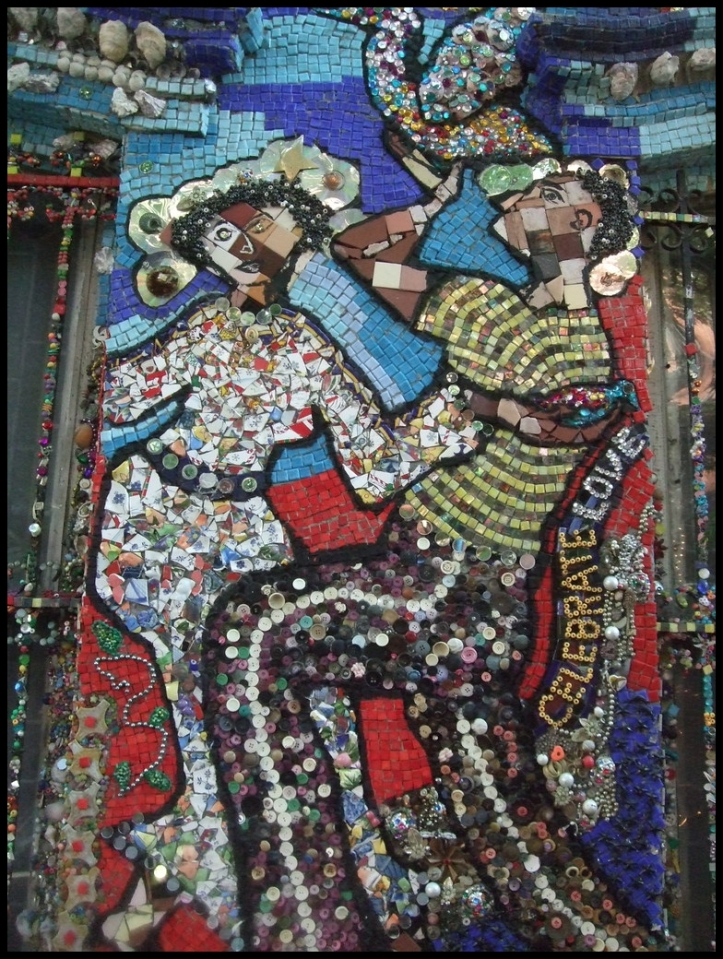 Mosaic House006